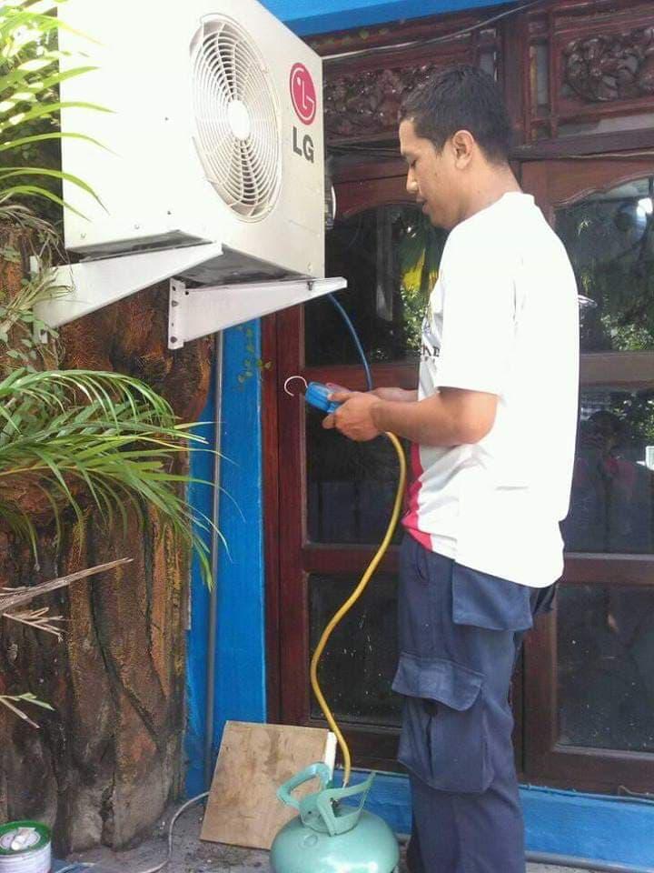 Jasa Service AC Daikin Panggilan Terbaik di Denpasar